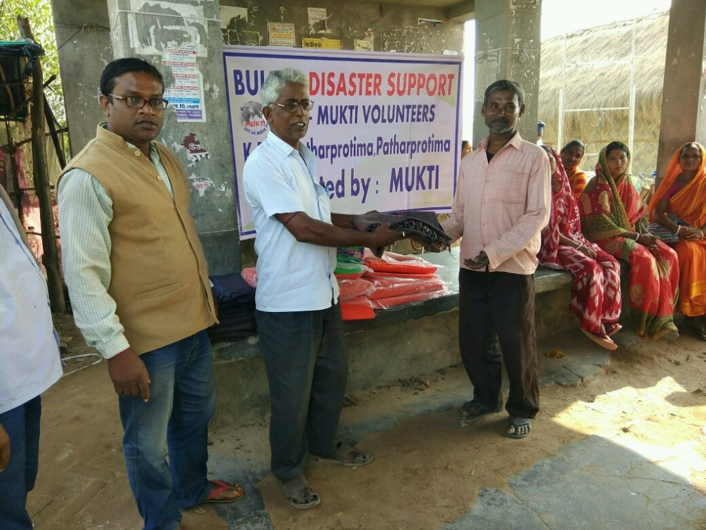 Relief Work At K-plot In Collaboration With Kolkata Gives Foundation