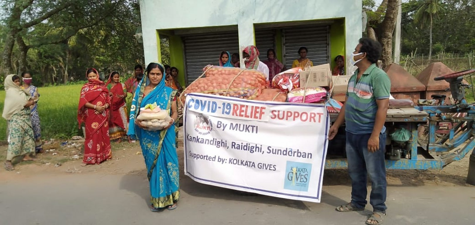 Covid19 Food Support To Families In Kankandighi Gp