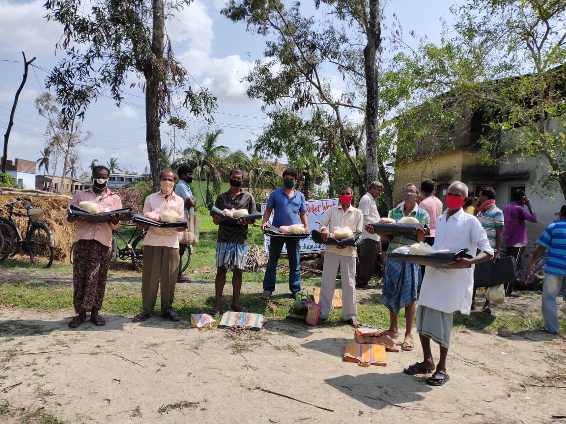 Mukti Distributed Relief To The Farmers Of Nagendrapur And Kankandighi Gram Panchayat
