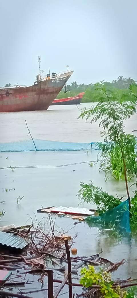 Spring Tide Flooded The Villages Of Nabadanga By Destructing...