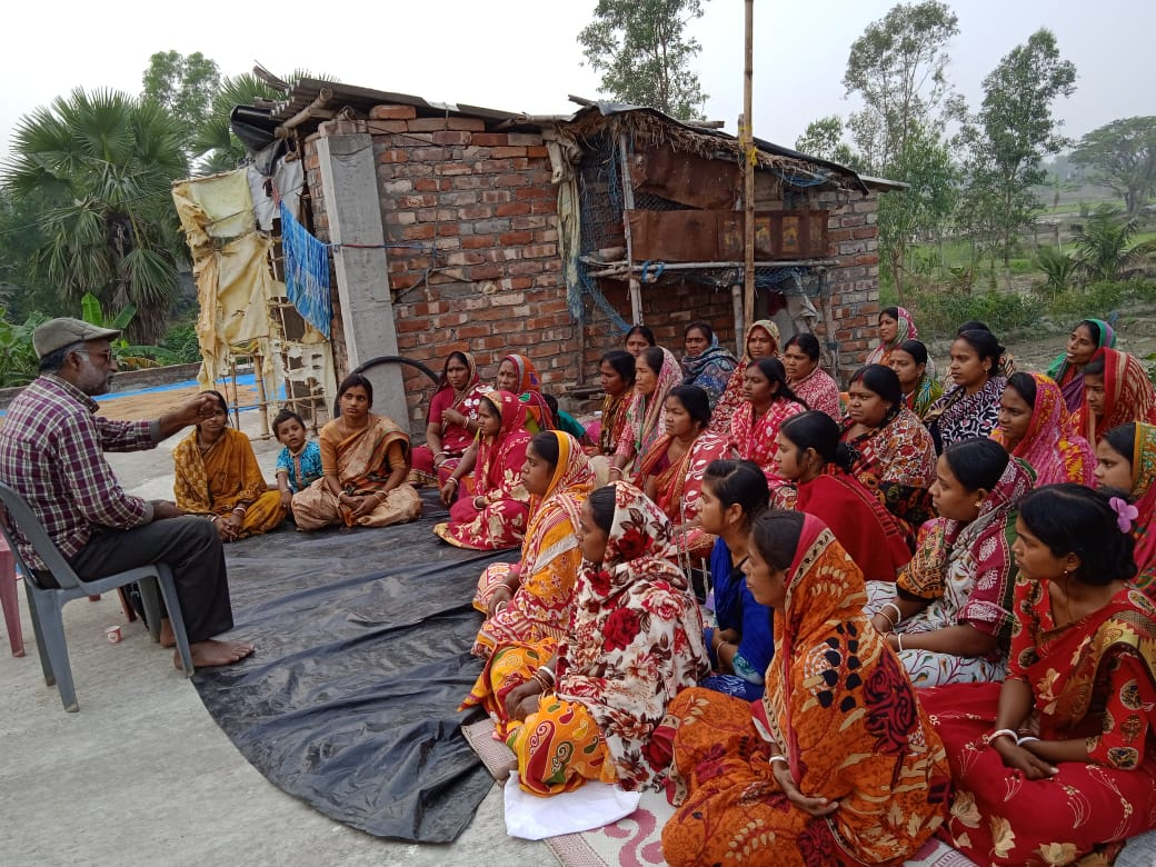 Mukti Trained Mcdf Members For Organic Agriculture And Manure Preparation At Koutala Village