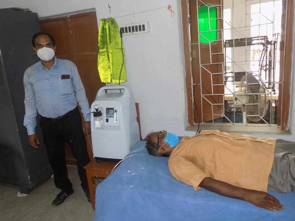 Mukti Provided Two Oxygen Concentrators At Oxygen Parlor Of ...
