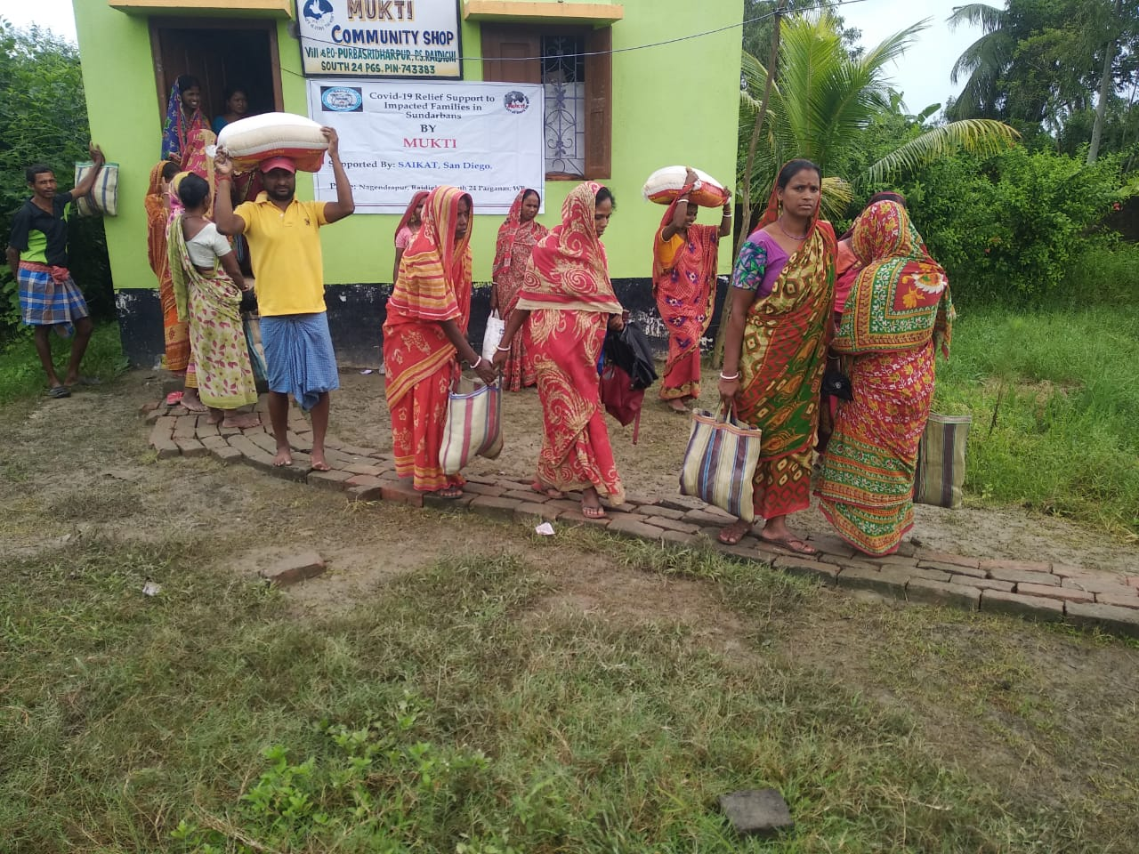 Mukti Provided Ration Kits to the Covid Affected Families